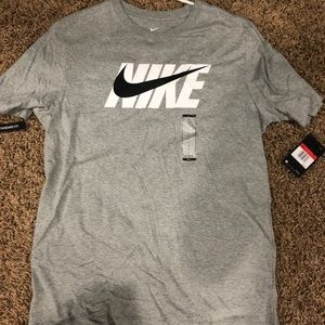 New Nike T-Shirt